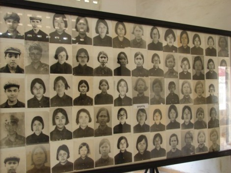 Picture of female prisoners in Tuol-Sleng